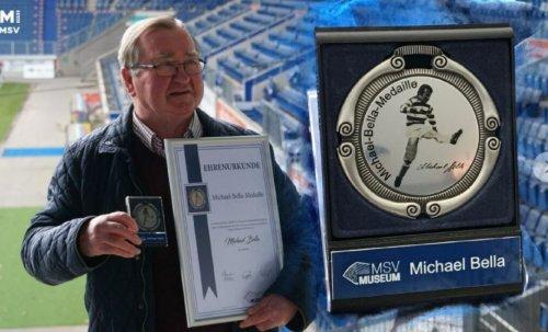 Michael mit Medaille